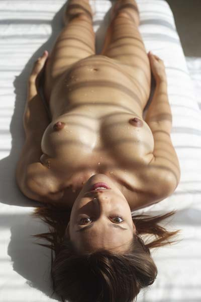 Naked and sexy Sabrina is nude in the morning