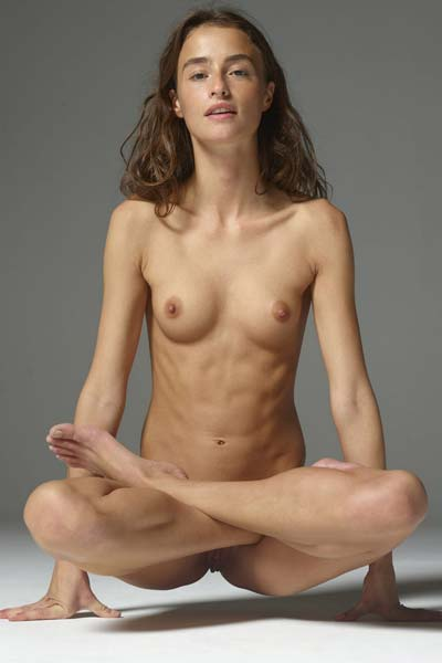 Perky Cleo is into naked yoga and teasing