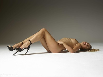 Darina L in Crazy Curves from Hegre Art