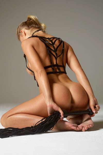 Darina L babe with astonishing body is ready for you and your hard tool