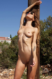 Breathtaking model Rosa shows her divine beauty and that tall and slim sexy body of hers
